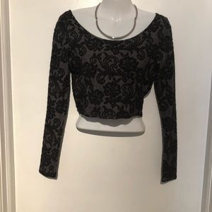 Tops - Classy Stretch Crop Top - Embossed Pattern size M
